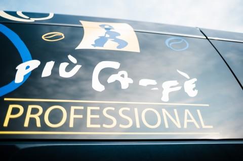 Juni – piùi caffè